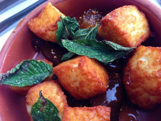 Ferryman Taverna : Fried feta with fig jam and mint