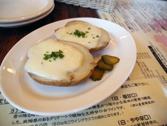 Otaru Bine: ジャガイモとラクレットチーズ