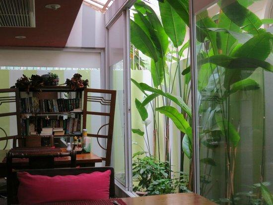 Sourire @ Rattanakosin Island: Familiäre Breakfest-Lounge