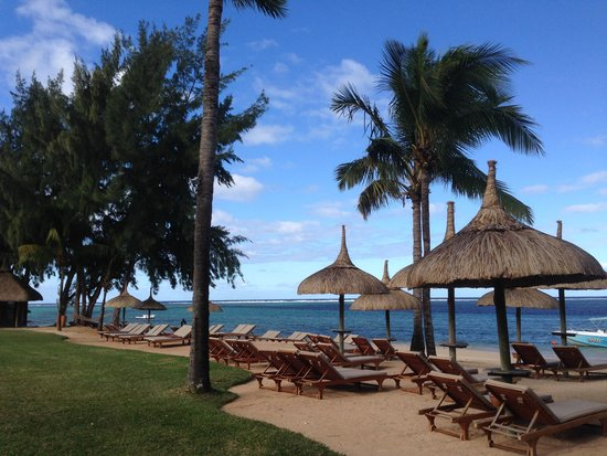 Heritage Awali Golf & Spa Resort : The main beach at the Awali