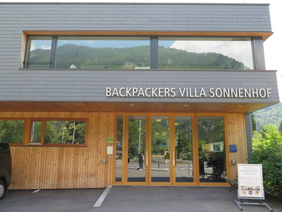 Backpackers Villa Sonnenhof : Main Entrance