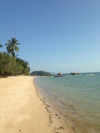 Sabai Beach Resort: La magnifique plage