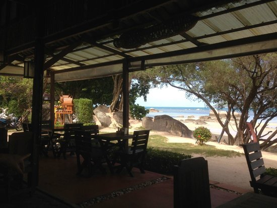Sabai Beach Resort: La vue du restaurant