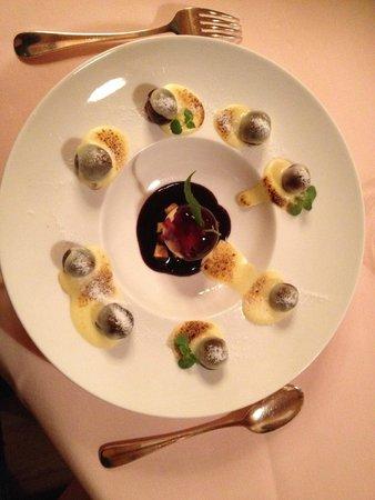 Gourmet Restaurant Kronenstübli: Ciliegie,cialda,vaniglia di Tahiti: inimitabile!