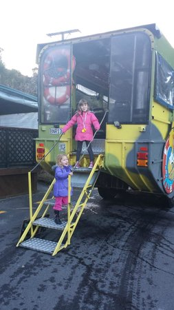Rotorua Duck Tours: Two Cheeky Monkeys