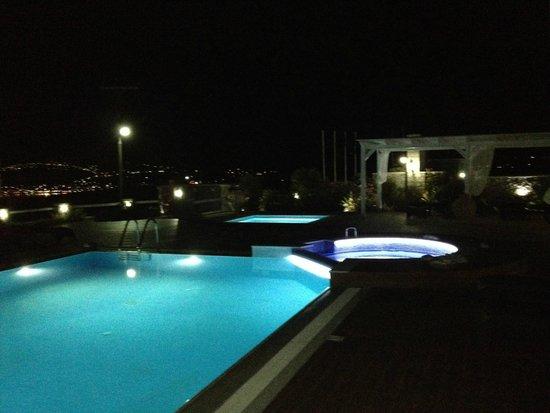 Miland Suites: night pool view 3