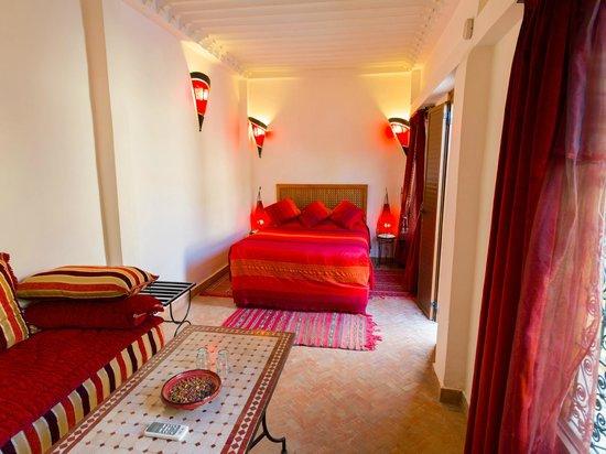 Riyad Al Atik: suite traffine (terrasse)