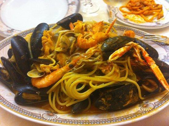 La Caraffa: Spaghetti allo scoglio