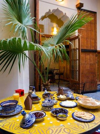 Riyad Al Atik: patio