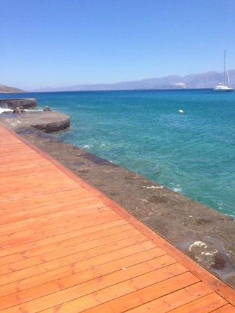 Elounda Bay Palace: crystal clear sea