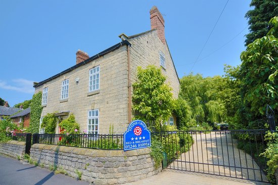 Stone Croft Bed and Breakfast: Front