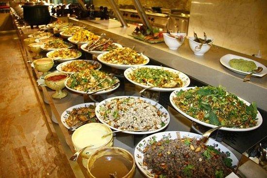 Olive Garden 39 S Night Snapshot Picture Of Olive Garden Restaurant Beirut Tripadvisor