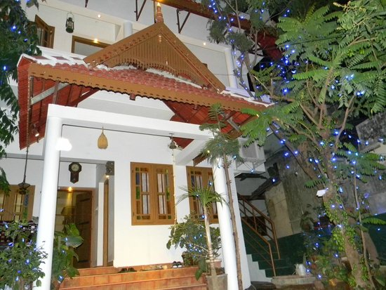 Heavenly Home Stay: Decorated House