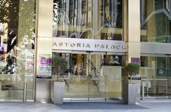 Ayre Hotel Astoria Palace : Hotel front