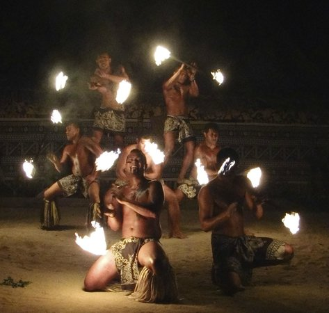 Robinson Crusoe Island Resort: Fire performers are the greatest!!