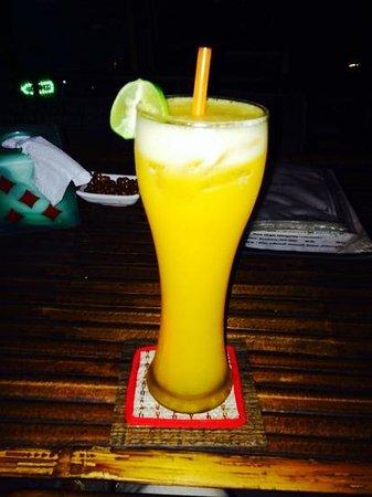 Enjoy Bkk Bistro Bar 57/1 : Passionfruit margarita yum!