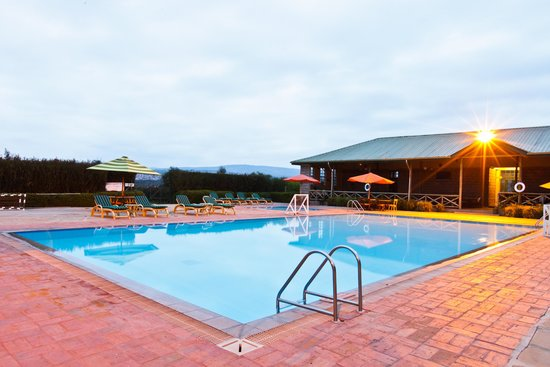 Machakos, Kenya: Poolside