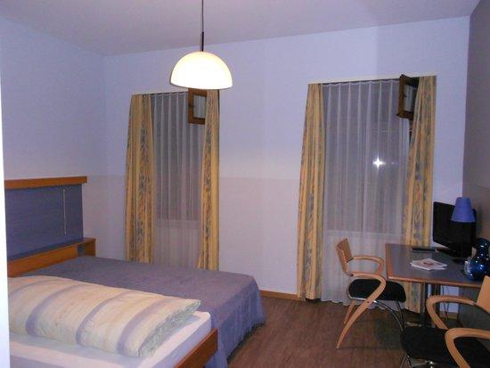 Bel'Esperance: Room