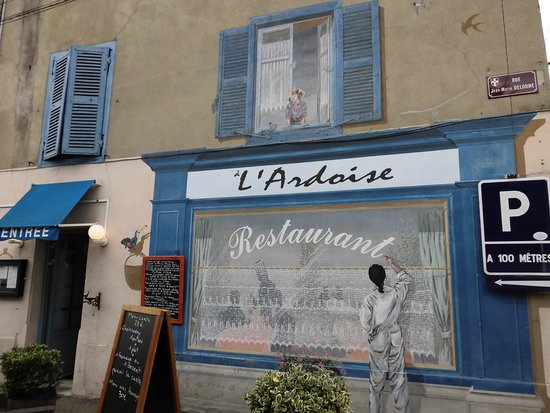 A l'Ardoise Chatillonnaise : facade face a la terrasse