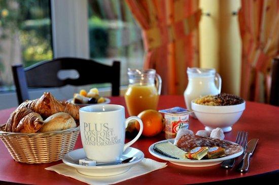Hôtel balladins Nevers Nord/Varennes Vauzelles : Petit-déjeuner