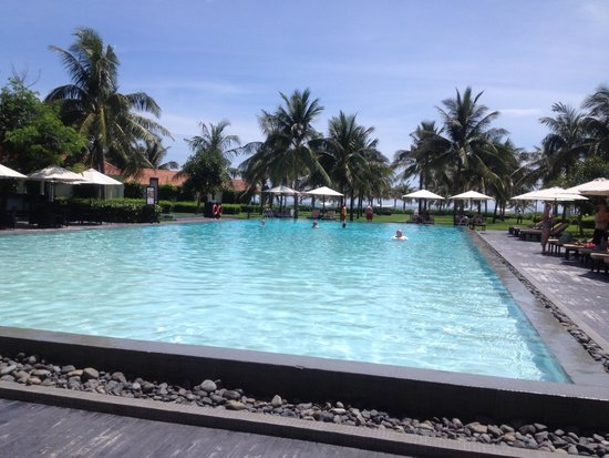 Boutique Hoi An Resort: pool