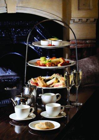 Macdonald Kilhey Court: Afternoon tea