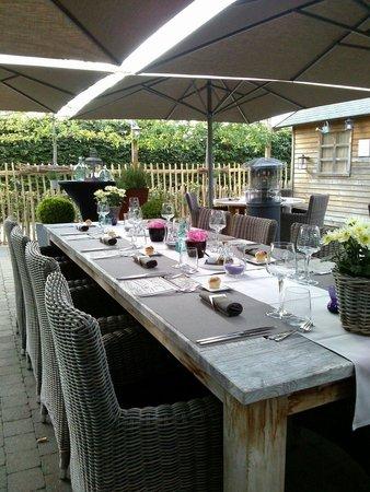 Ratatouille: Héérlijk tuin terras!