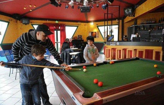 Auberge de jeunesse des deux Rives : Bar