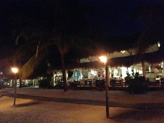 Sugar Beach, A Viceroy Resort: The beach restaurant