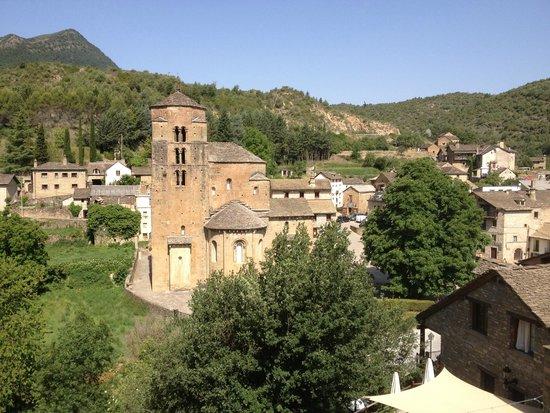 Hotel Rural El Mirador de los Pirineos By Brasi: Iglesia Santa Cruz