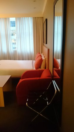 Travelodge Hotel Sydney Martin Place: Room