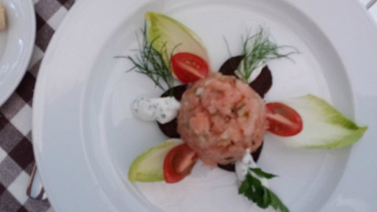Reinhard's im Nikolaiviertel: Tartare di salmone