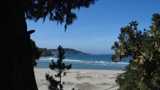 Mendocino Coast: The south beach adjoining the town