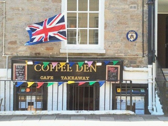 Coffee Den: bunting for the commonwealth games 2014 baton relay