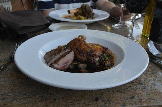 Christy Hill Restaurant : duck