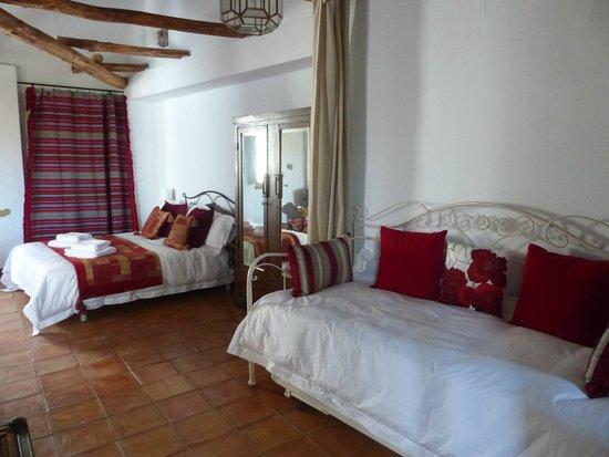 Casita de la Vaca: Curtain divide between the two sleeping areas adds extra privacy