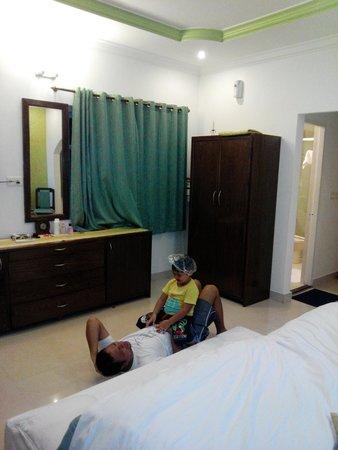 Santana Beach Resort: Room