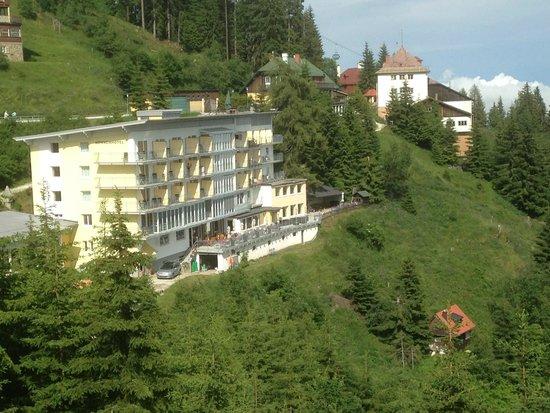 Sonnenhotel Zaubek: Hotel vom Sonnenaufgangsplatz