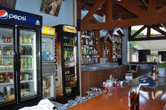 Opus Apart Hotel: Bar