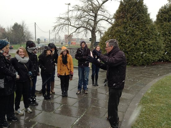 WW1 Tours: At Tyne Cot Cemetery
