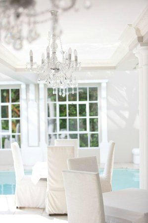 Banksia Boutique : Dining room poolside