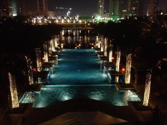 The Palace Downtown Dubai : Lovely pool