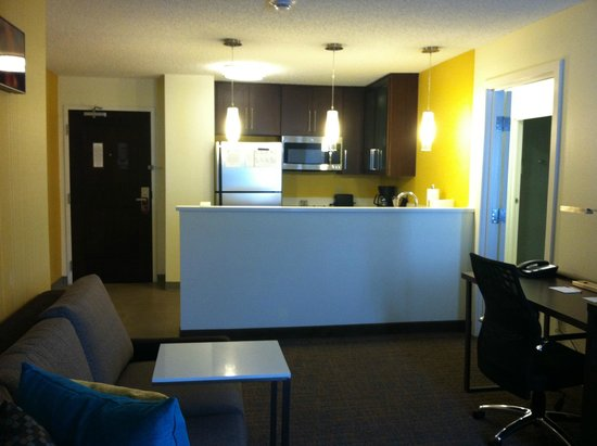 Residence Inn Ann Arbor North: 2 Bedroom Suite