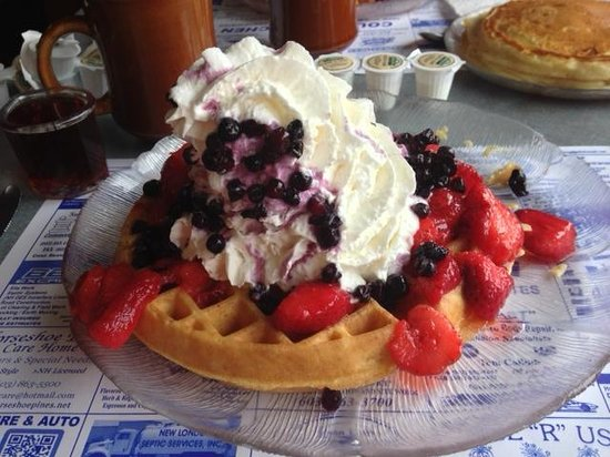 Country Kitchen: July 4th special! Belgium waffle with strawberries, blueberries and whip cream