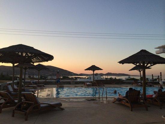 Anemoi Resort: бассейн