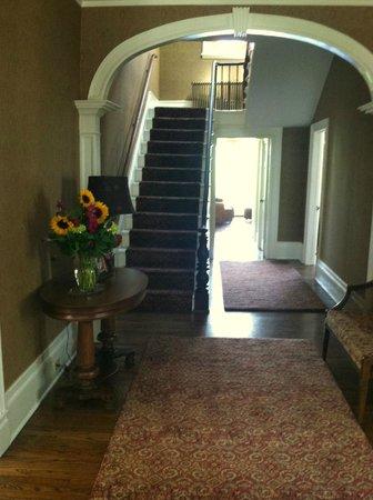 The Inn at Kettleboro: Entry Hall
