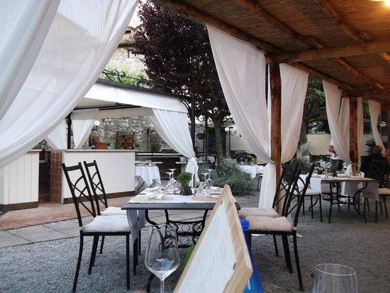 Locanda Amordivino: Il Giardino dal nostro tavolo