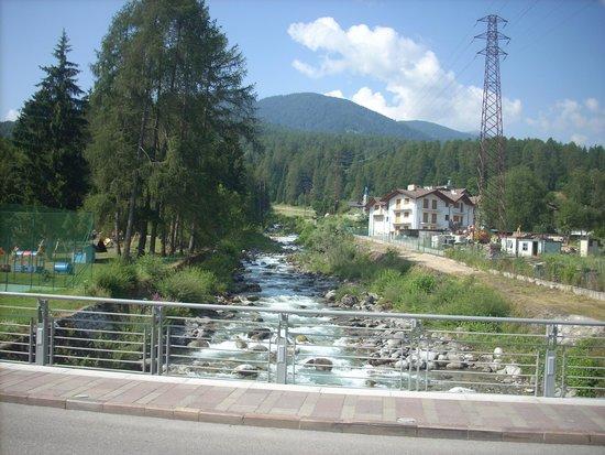 Albergo Dimaro: fiume Noce