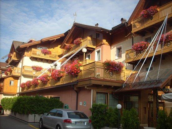 vista dell'albergo Dimaro