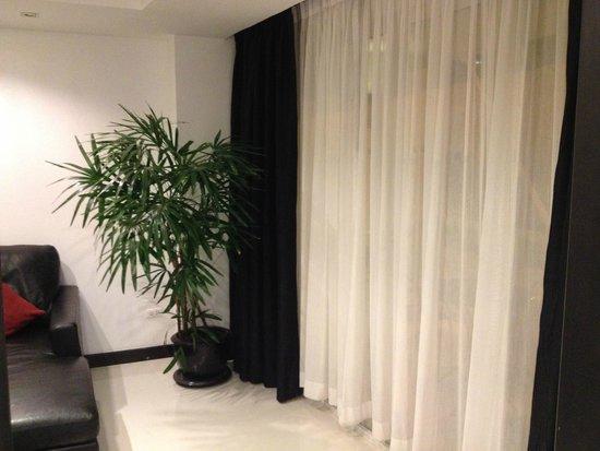 Amari Nova Suites Pattaya : Living Room